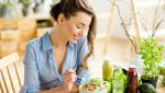 improper-diet-can-lead-to-mood-disorders-main-image-woman-eating-healthy